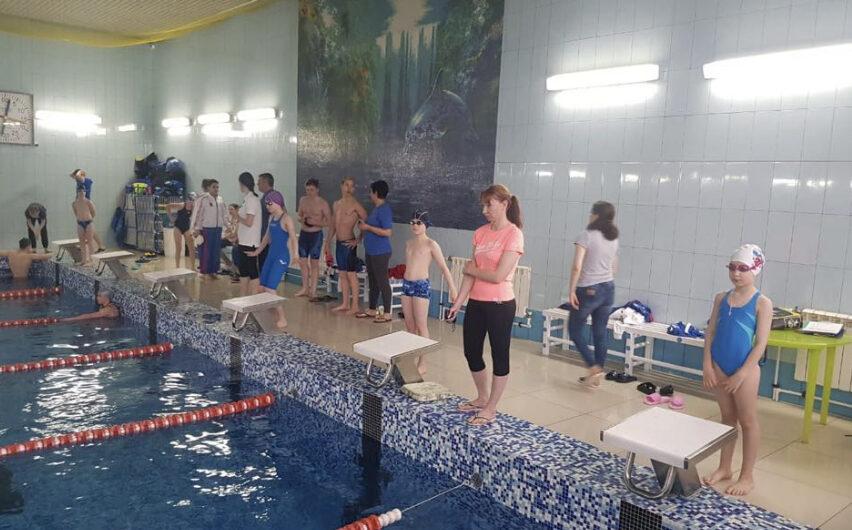 """29 мая 2021 года в бассейне прошли соревнования по плаванию МАУ СШ 2 """"Юность"""", посвященные """"Дню защиты детей"""""""