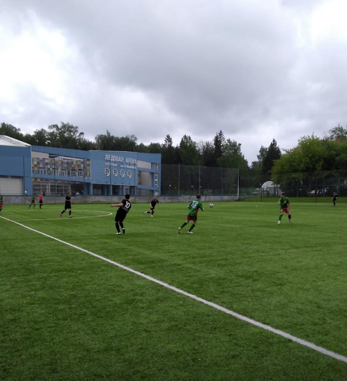 12 июня на искусственном поле прошел 5 Тур Чемпионата Московской области по футболу среди мужских команд- Лига В
