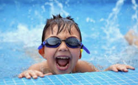 Секция плавания «Научись плавать»