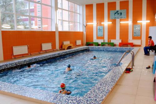 Малый бассейн Селятино